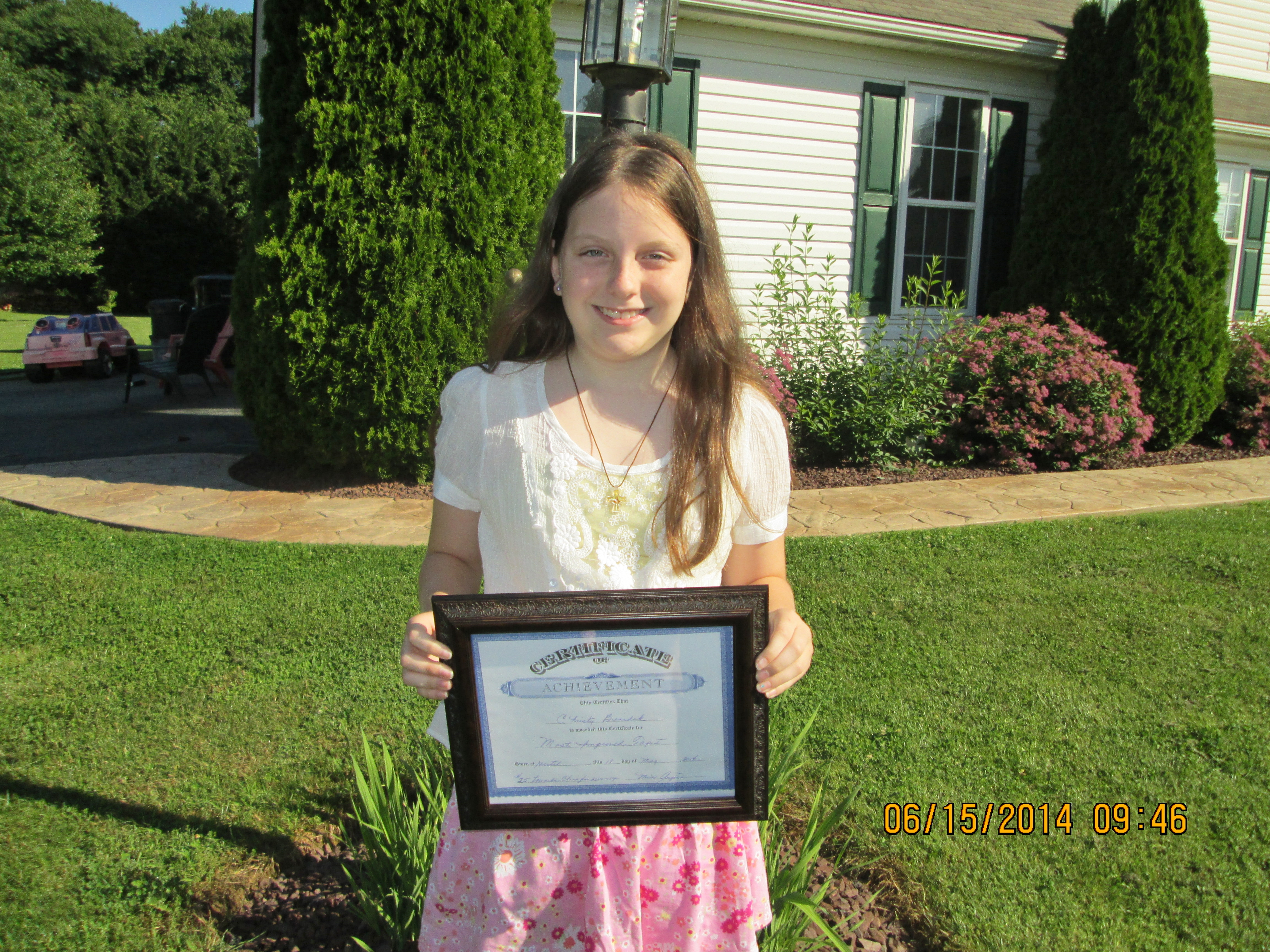 Christy Wins Award At Dance School