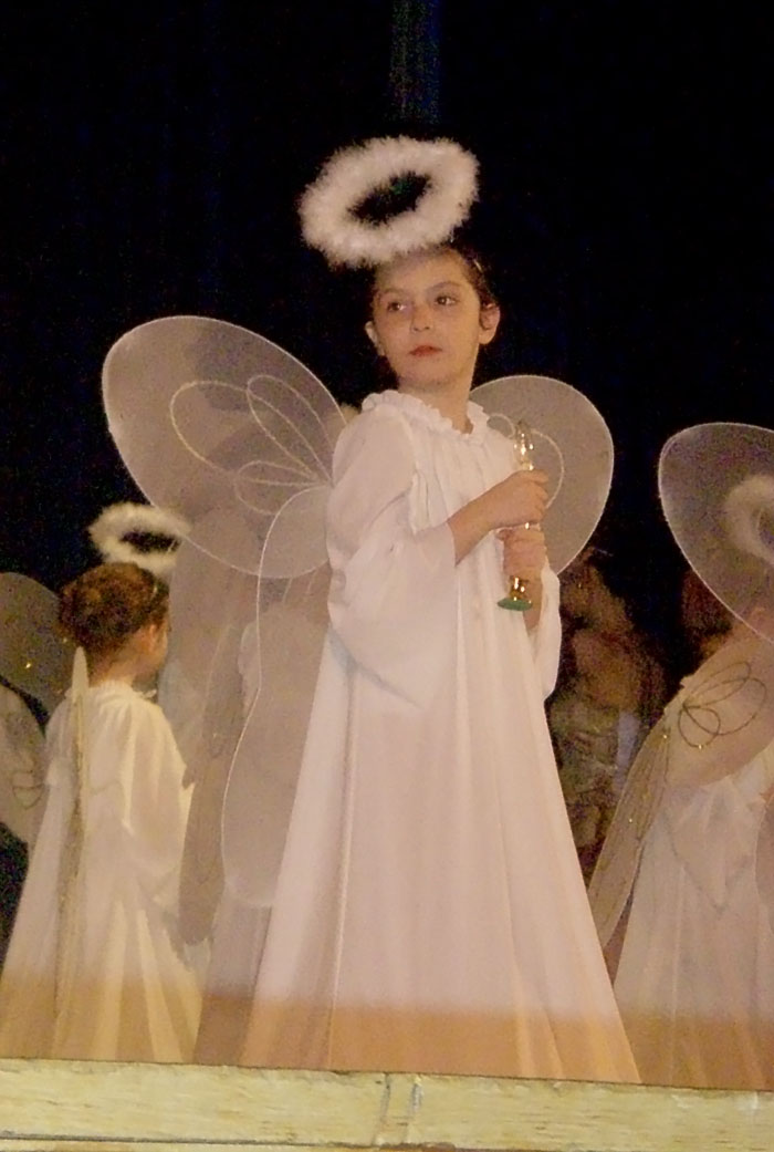 Anna Debuts as Angel in 'The Nutcracker' Ballet