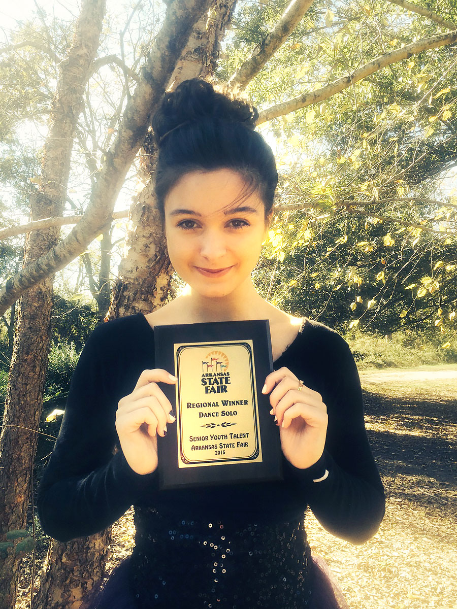 Emily Wins Regional Arkansas State Fair Youth Talent Competition