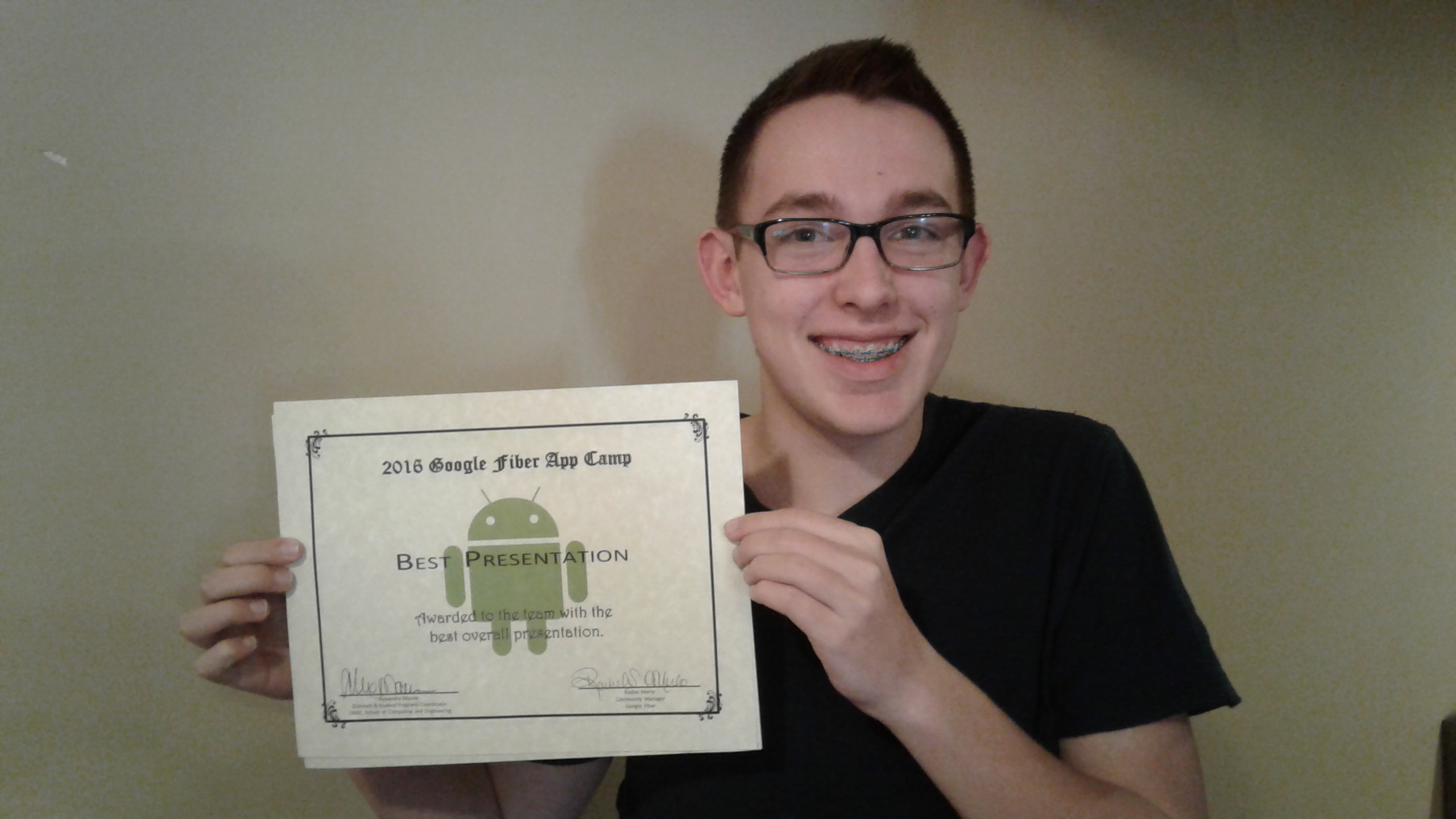 Grant's Team Wins Best Presentation Award