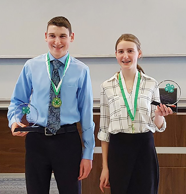 Rachel Wins 4-H Public Speaking Competition