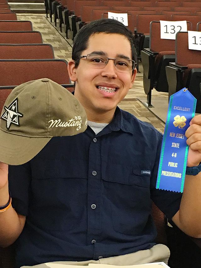 Mark Wins 4-H Blue Ribbon at NJ State Presentation