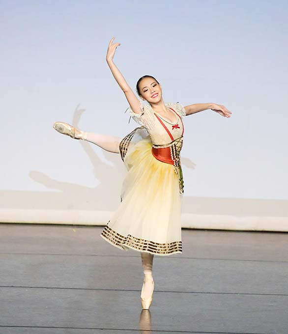 Johanna Wins with Grace on International Ballet Stage