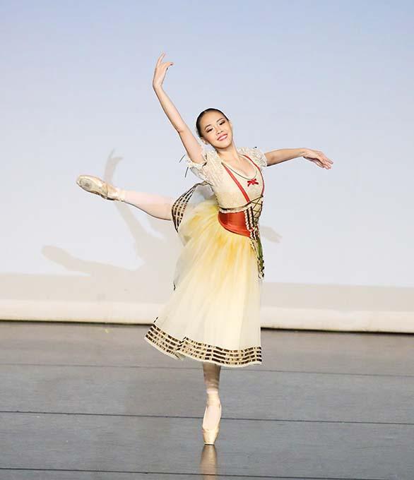 Johanna Wins with Grace on International Ballet Stage